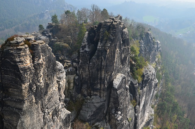 elbe sandstone mountains 331355 640